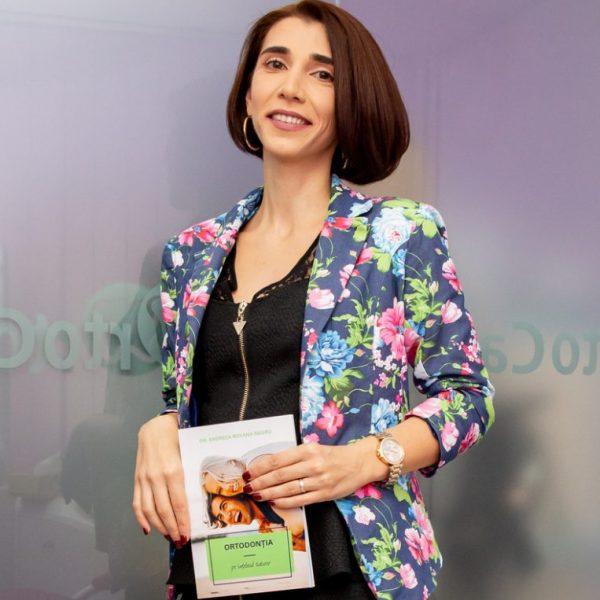 Medic specialist acreditat Invisalign - Dr. Andreea Roxana Negru
